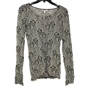BKE long sleeve Floral Top blouse. Medium